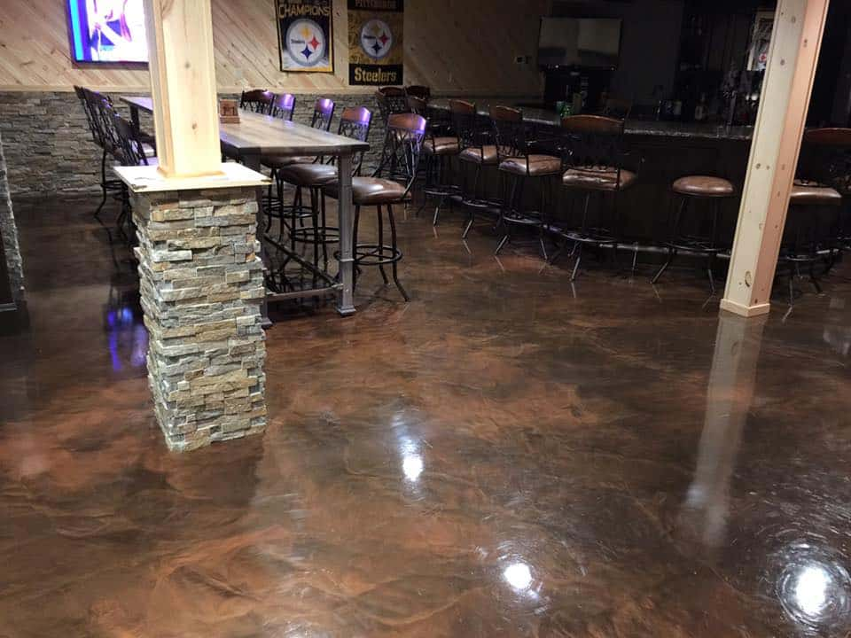Beautiful stained epoxy flooring in a big restaurant space