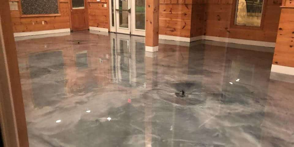 Beautiful metalic epoxy coating installed on a residential house floor